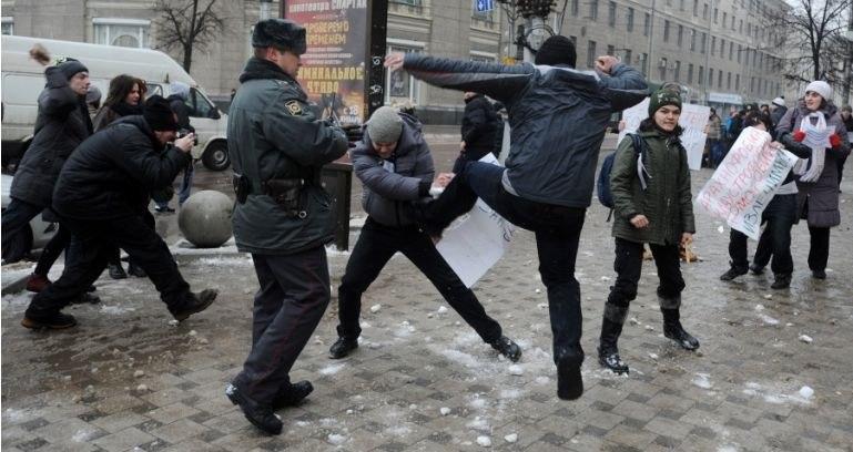Официальное заявление полиции о пикете «противников законопроекта о защите «пропаганды гомосексуализма»