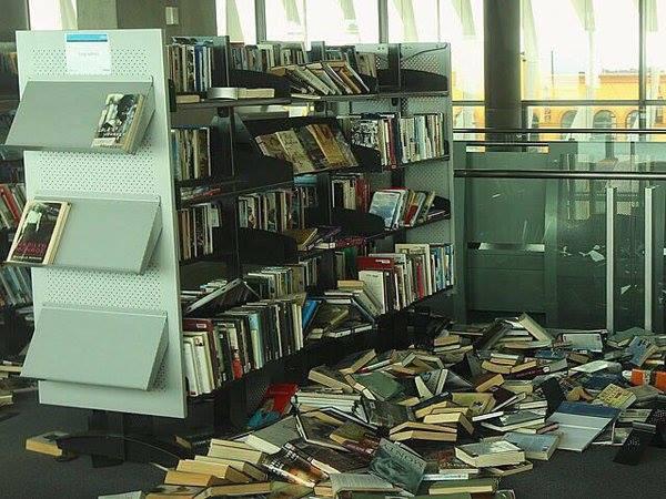 Адвокат рассказал о запугивании сотрудников Библиотеки украинской литературы
