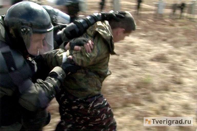 ОМОН отработал подавление массовых беспорядков в Твери