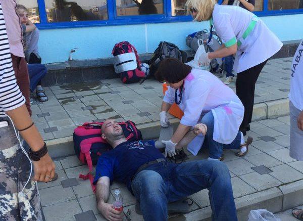 В Анапе казаки напали на Навального и сотрудников ФБК