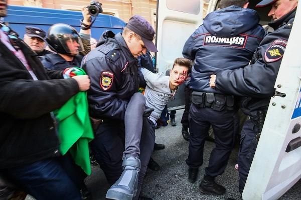 St. Petersburg: LGBTI-Aktivisten bei 1.-Mai-Demo festgenommen