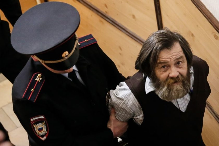 Суд арестовал Сергея Мохнаткина на два месяца по новому уголовному делу. Через три дня он должен был выйти из колонии