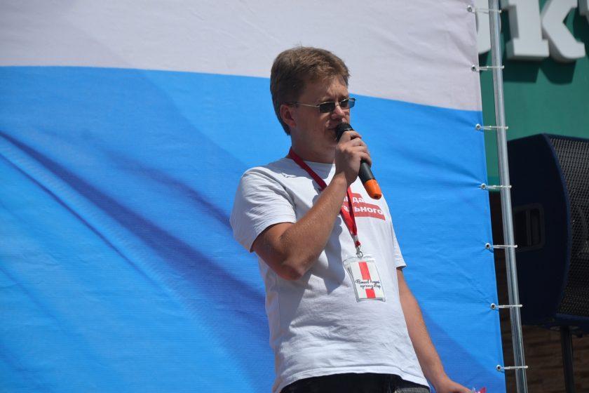 В Томске координатора штаба Навального Андрея Фатеева арестовали на 25 суток