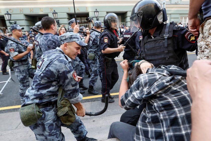 В Москве на участника акции 9.09 завели уголовное дело о насилии над полицейским