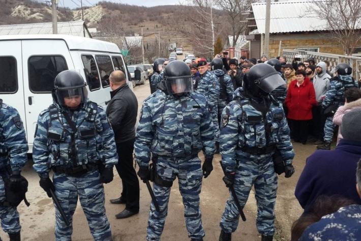Aktivisten auf der Krim melden zu Herbstbeginn zunehmenden Druck auf die Krimtataren
