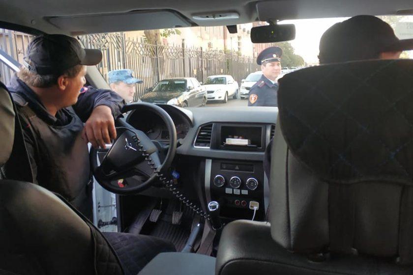 В Махачкале задержали художницу Катрин Ненашеву и двух журналистов