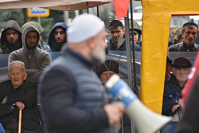В Ингушетии чиновникам пригрозили увольнением из-за участия в митингах против договора о границе с Чечней