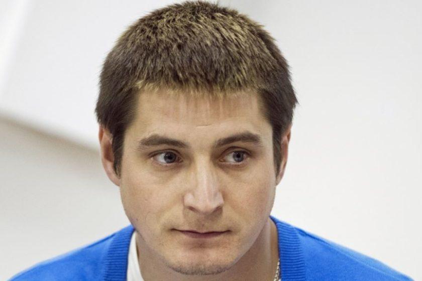Рассказавший о пытках гомосексуалов в Чечне покинул Россию после угроз