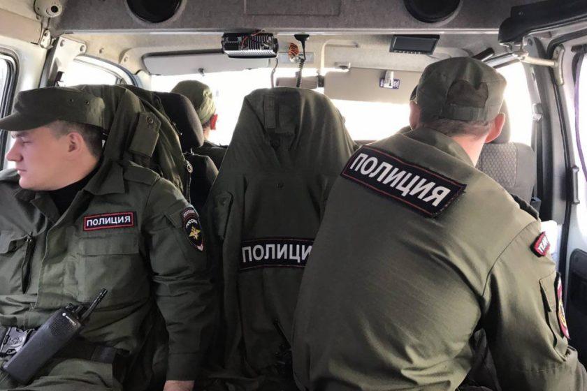 Сотрудники ФСБ провели обыск в доме у крымскотатарского активиста