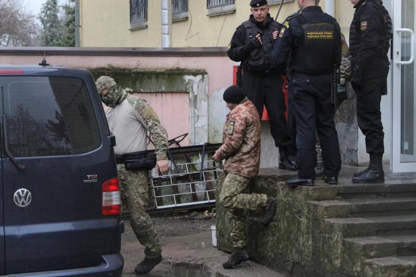 ЕСПЧ вынес срочное решение по захваченным Россией морякам ВМС
