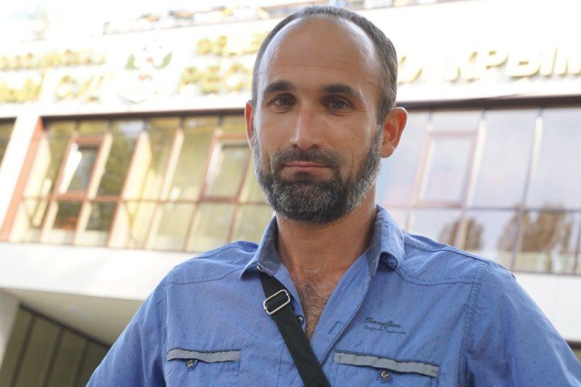 Das Gericht wies den Fall eines Crimean Tatar Aktivisten ab, der wegen Extremismus angeklagt wurde, weil er ein Video in einem sozialen Netzwerk veröffentlicht hatte
