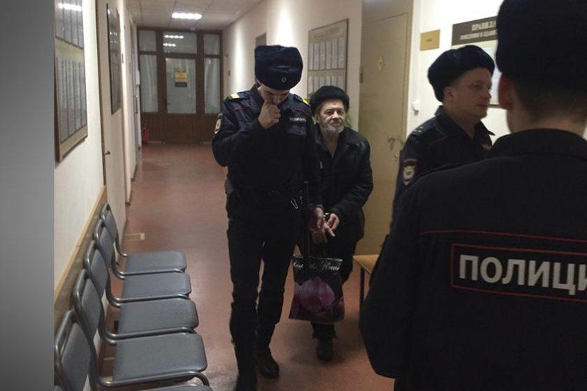 В Архангельске 64-летнему заключенному правозащитнику Сергею Мохнаткину осталось два дня до освобождения, но ему грозят продлить срок заключения по новому уголовному делу