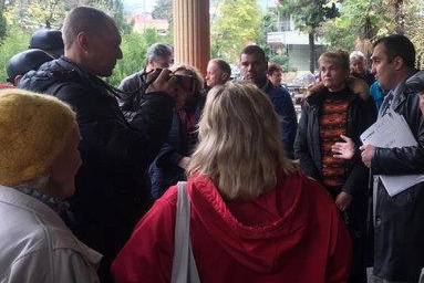 Начальник УВД Сочи подал иск к активисту о защите чести и достоинства