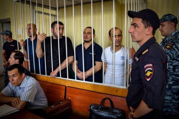 Прокурор потребовал от 10 до 17 лет колонии строгого режима для обвиняемых по делу «Хизб ут-Тахрир»