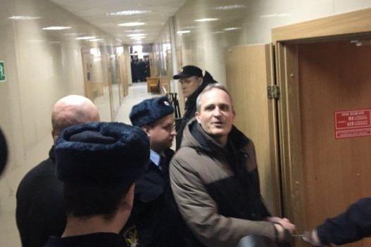 Суд приговорил шестерых Свидетелей Иеговы к реальным срокам лишения свободы