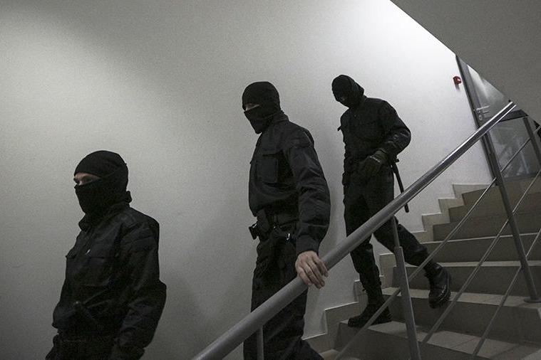 В Крыму ФСБ провела обыски у крымских татар
