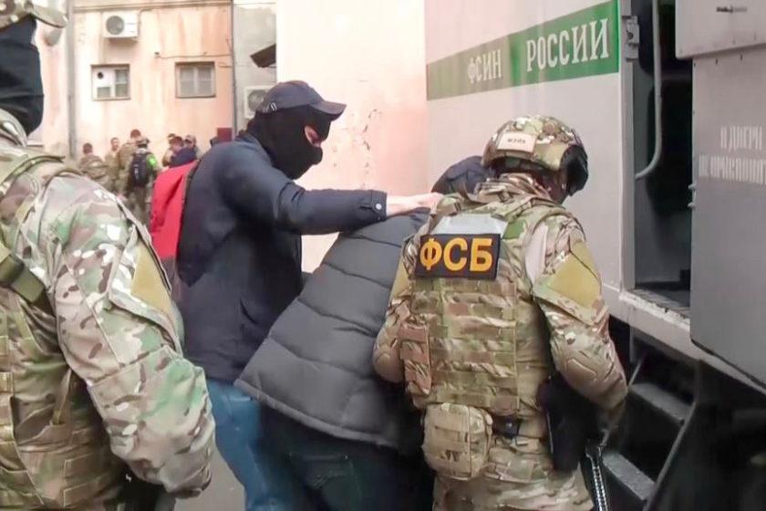 В Крыму задерживали двух активисток «Крымской солидарности»