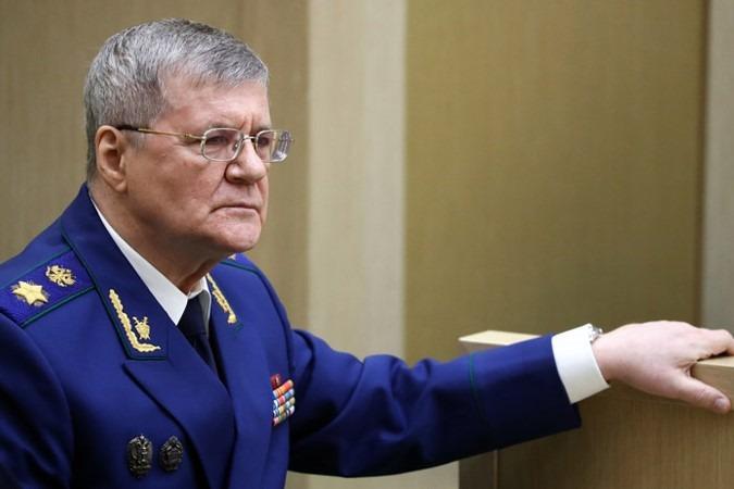 Чайка предложил ужесточить закон об НКО-иноагентах