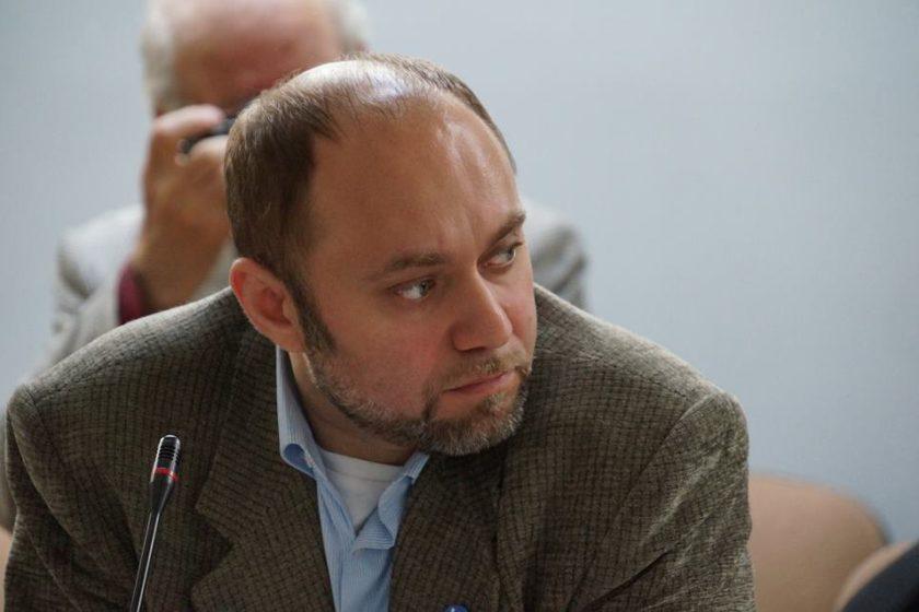 В Москве задержали члена совета движения «Голос» Романа Удота