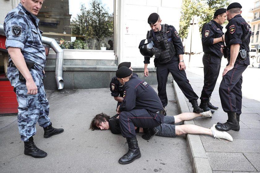 Госдума может ввести уголовную ответственность за обучение в «протестных лагерях» и соцсетях